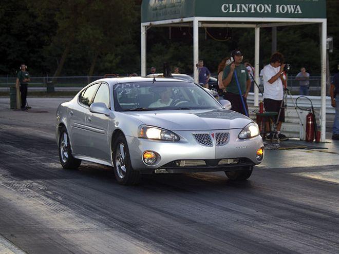 0603 Hppp 01z 2004 Pontiac Grand Prix Launch